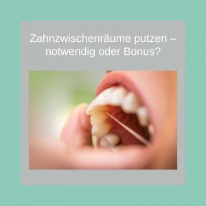 Zum Zähneputzen gehören nicht nur Zahnbürste und Zahnpasta.